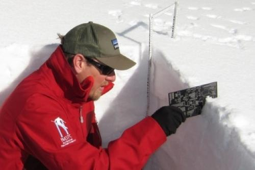 Avalanche education - Snowpack evaluation